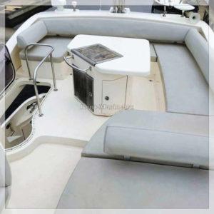 Яхта Azimut 47 палуба