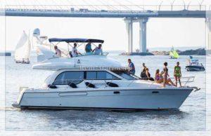 Яхта Bayliner 37 Meredian