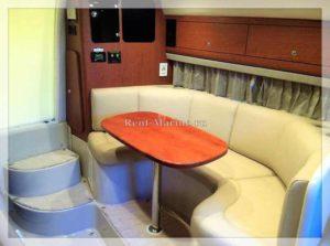катер Chaparral 31 Meduza диван