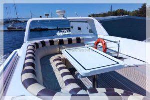 яхта Elegance 65 верхняя палуба