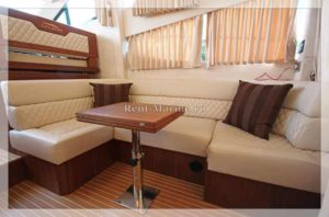 яхта Galeon 380 диван