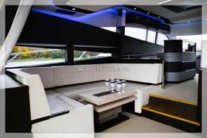 яхта Galeon 640 столик и диван