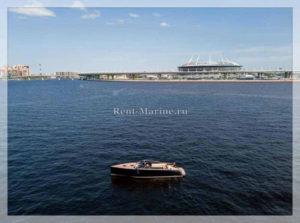 катер PMI Van Duch в заливе