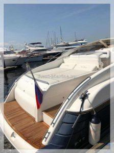 Яхта Princess 42V палуба