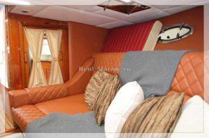 Катер Windsor 31 кровать